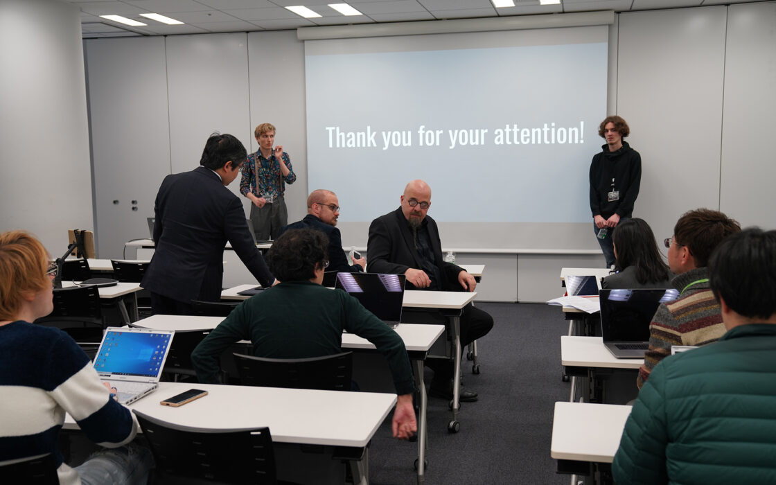 Travel report: Japan images - discussing research in classroom